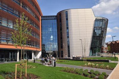 De Montfort University (Великобритания)